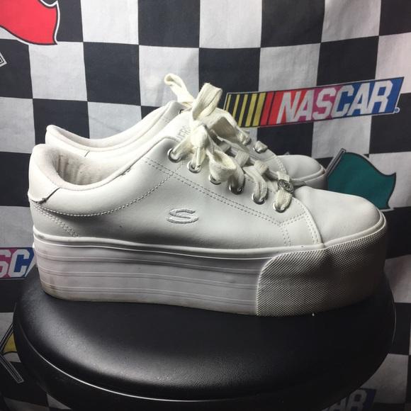 b3b9af1f7db Skechers Platform Sneakers 💖. M 5b110ffa5c4452cef137cc45